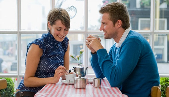 Dating Tips For Guys - How Often Should You Call A Woman? #FrizeMedia