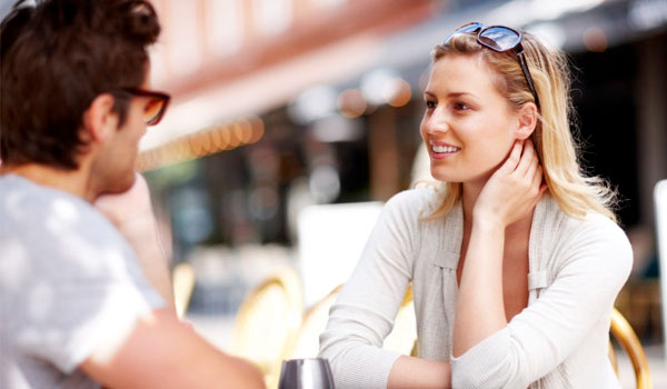 Good Flirting Tips - Successful Dating Begins With A Flirt #FrizeMedia