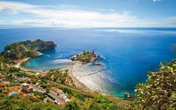 Sicily tours and travel offers you volcanic activities,incredible hiking adventures,breathtaking sights that will simply leave you breathless.